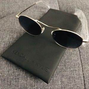 kendall and kylie sloane sunglasses nwt